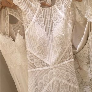 Never used unaltered BLDHN brand wedding dress.